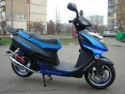 Продам скутер Dayun